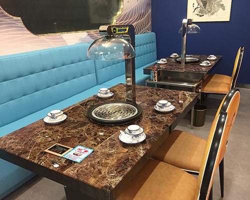 海鲜蒸汽火锅餐桌